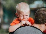 Bolti hiszti és nyafogás ellen: 5 bevált szülői stratégia, ha a gyerek nehezen fogadja el a nem-et válasznak