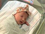 Igazi csoda: 27 éve lefagyasztott embrióból született egészséges kislánya egy házaspárnak
