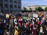 Hiába a tiltakozás, megszavazták a pedofiltörvényt - Ezentúl a homoszexualitás tabunak számít a 18 év alattiaknak
