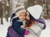 Babák, kisgyermekek öltöztetése télen - Mikor nem szabad kivinni a babát levegőztetni?