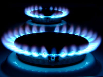 Csökken a gáz és az áram díja 2013. január 1-től