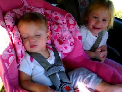 Láttál már babát így ébredni? - tündéri videó