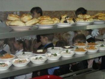 Mit esznek gyerekeink az óvodai, iskolai menzán?