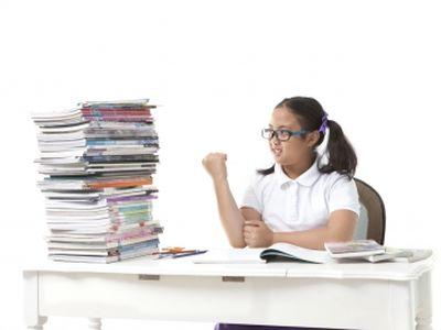 Hatszázezer gyermeknek ingyenes a tankönyvcsomag