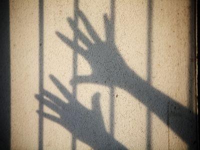 10 éves kislányt vádolnak egy 4 éves kisfiú megerőszakolásával!