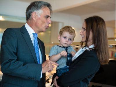 GYED extra - Felmondási védelem a Gyed mellett dolgozó szülőknek