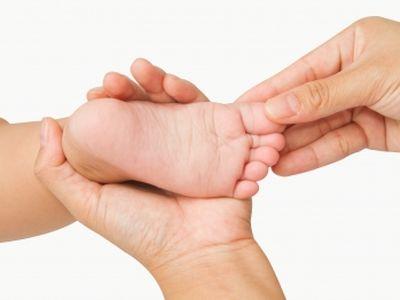 Hogyan válassz babacipőt? Milyen a jó gyerekcipő? Mérettáblázattal!