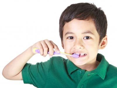 Így előzd meg a babák és gyermekek fogainak romlását!