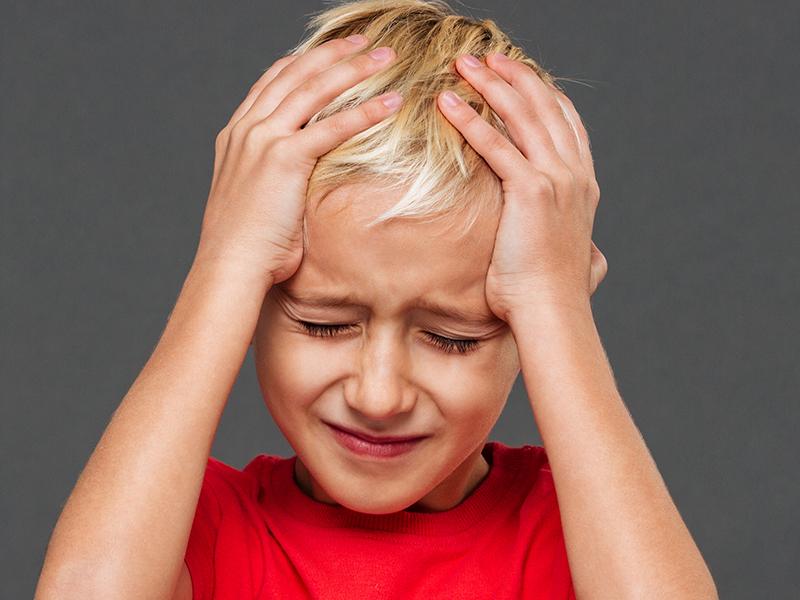 Gyermekbetegségek lelki okai: fejfájás-migrén