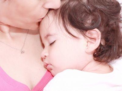 Hogyan hat a gyerekekre a rendszertelen alvás?