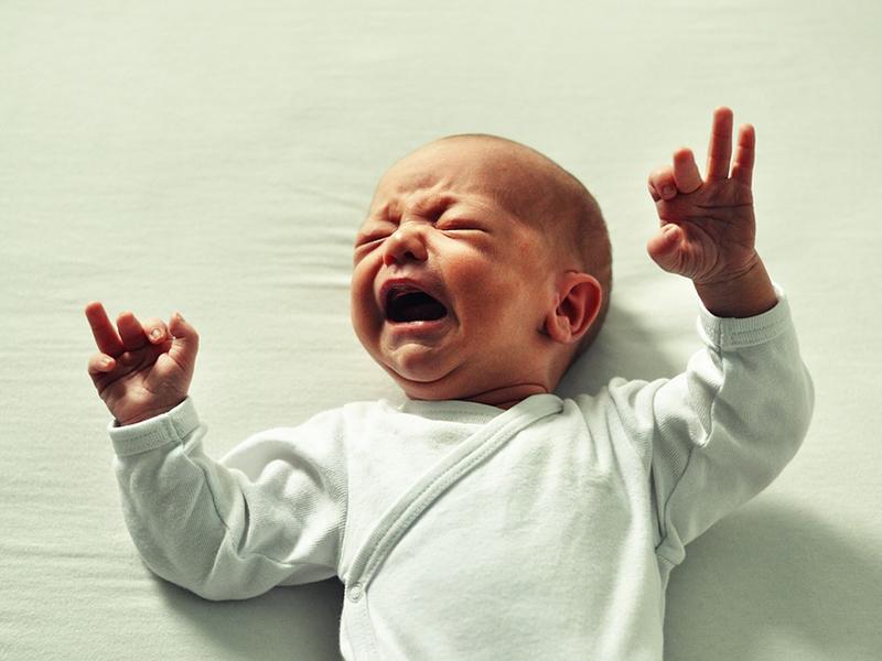 Miért sírnak a babák? Miért tilos megrázni a síró csecsemőt? - A megrázott csecsemő szindróma jelei és következményei