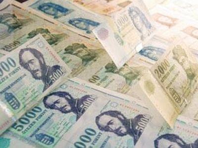 Iskolakezdési támogatás 2014: 30 450 Forint gyermekenként