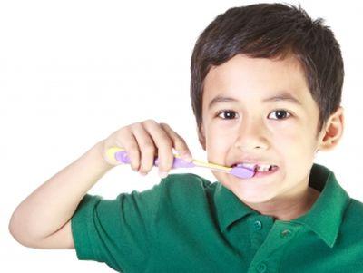 Játékos fogmosás - Hogyan vegyük rá gyermekünket a fogmosásra?