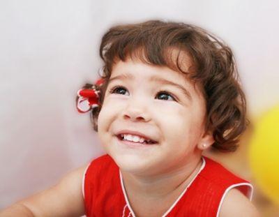 Tomatis terápia - Koraszülött babák, fejlődési zavar, megkésett beszédfejlődés, dadogás, alvási problémák, tanulási problémák esetén segít