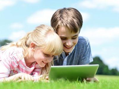 Ezért gondold végig, hogy mit posztolsz a gyermekedről a Facebookra!