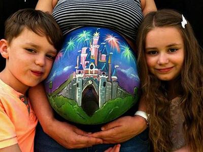 Pocakfestés kismamáknak - Fotókon a legújabb trend a babavárás alatt