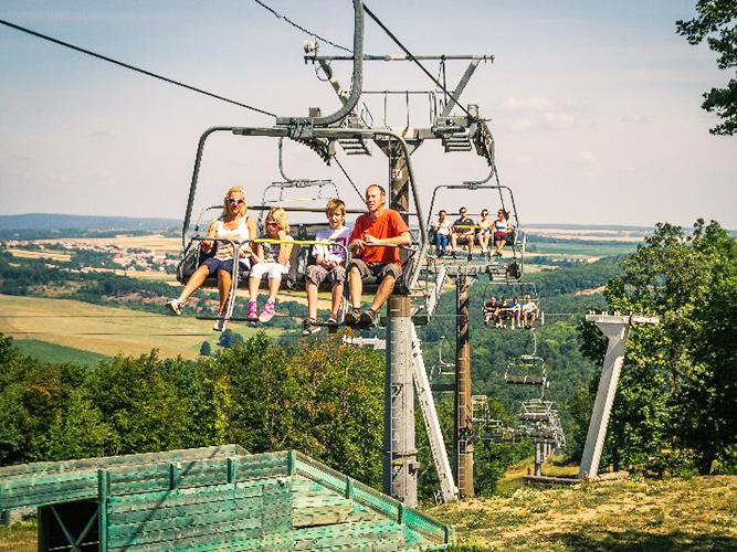 Libegők Magyarországon: 4 szuper hely, ahova menjetek el a gyerekekkel a hétvégén