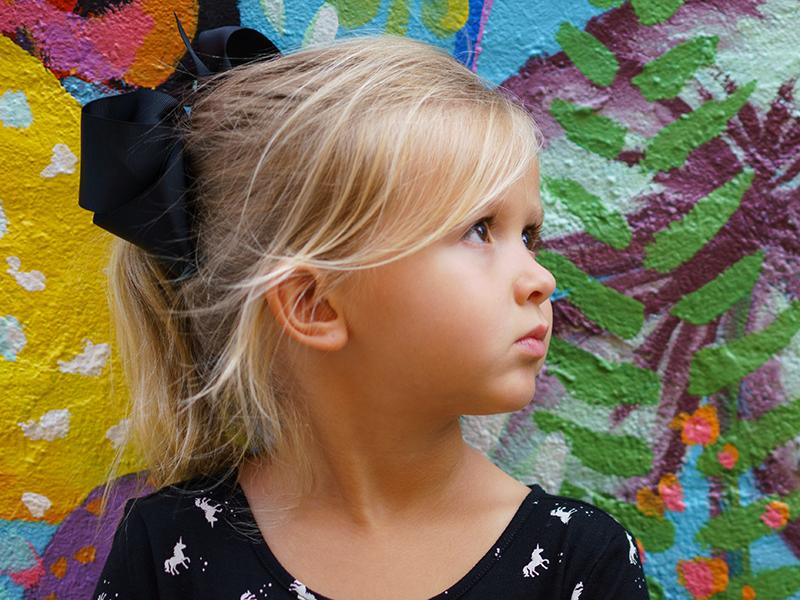 Mit okoz a gyerekben, ha mindig máshoz hasonlítod? Mit tehetsz helyette? Gyermekpszichológus válaszol