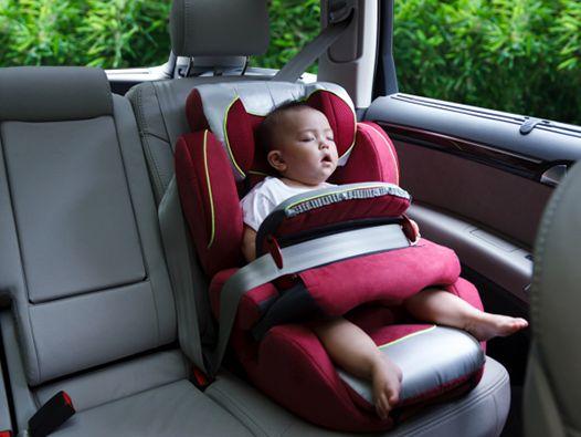Gyereküléseket vizsgált a közlekedési hatóság! - Melyik gyerekülés számít biztonságosnak a közlemény alapján? Mire kell odafigyelni, ha autóztok?