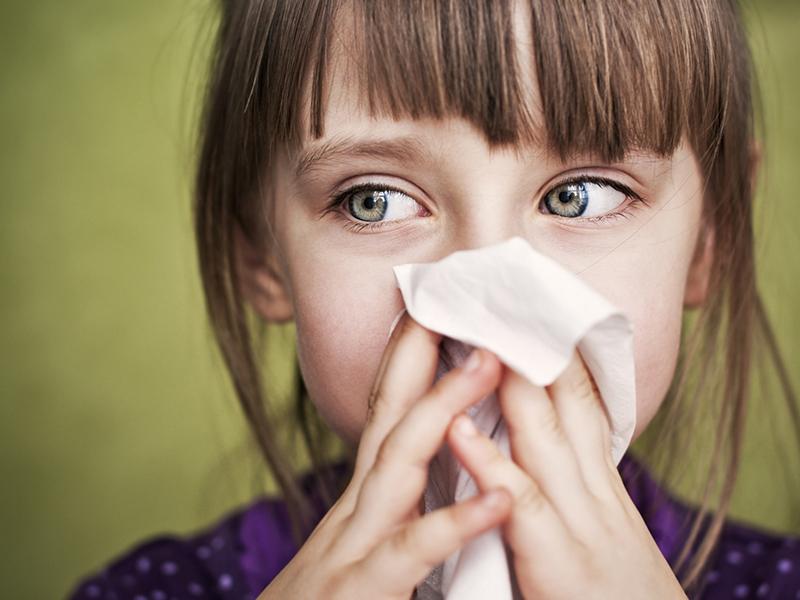 Ha náthás, megfázott a gyerek: a 10 leghatékonyabb természetes módszer, gyógytea váladékoldásra, köptetésre - Így készítsd el!
