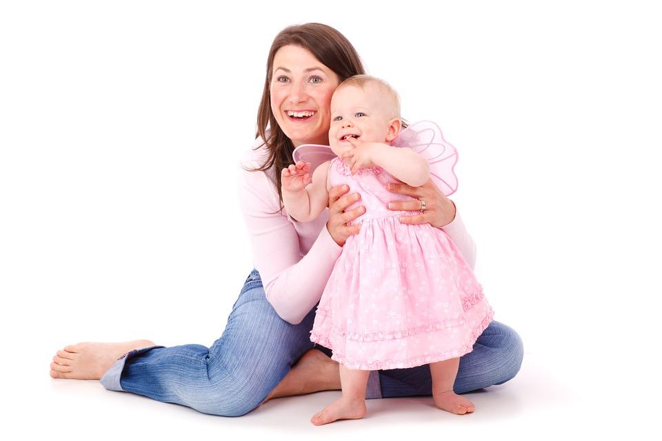 Szülői kérdőív babák fejlődéséhez - Mikor mit tud a baba? Így ellenőrizheted gyermeked fejlődését te magad!