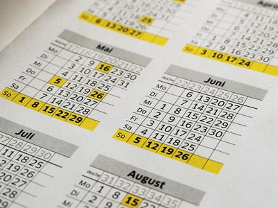 Munkaszüneti napok, iskolai szünetek, hosszú hétvégék, dolgozós szombatok a 2016-2017-es tanévben