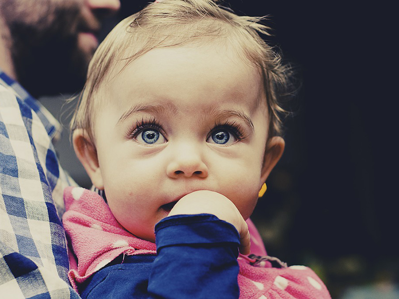 Nem lát jól a gyermeked? Így vedd észre akkor is, ha nem mondja! - Rövidlátás okai, tünetei, kezelése