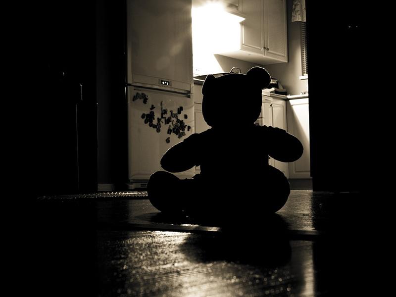 Gyermekek elleni szexuális erőszak: így szigorítanának a törvényen! - Hány év börtönre számíthat az elkövető?