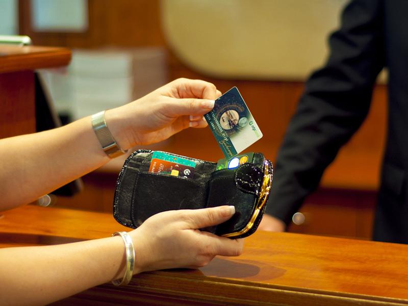 SZÉP-kártyád van? Sok pénzt elbukhatsz, ha feledékeny vagy! - Mire kell most nagyon odafigyelned?