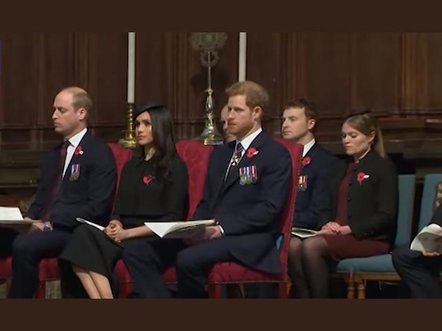 Az apukákat is megviseli, ha kisbabájuk születik! Vilmos herceg majdnem bealudt egy hivatalos rendezvényen - Videó