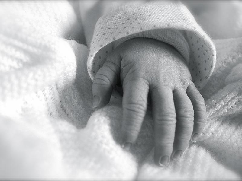 Kábítószer okozta egy 5 hónapos csecsemő halálát! Kiderült, hogy a saját anyja drogozta be a kisbabát