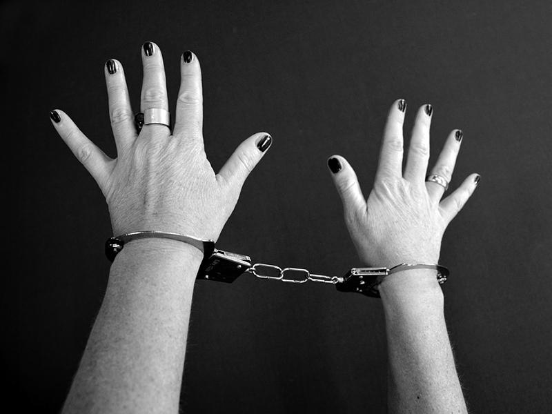 Úgy hasba rúgta óvodás korú fiát a nő, hogy megrepedt a kisgyerek lépe - A bíróság most hozott ítéletet az ügyben