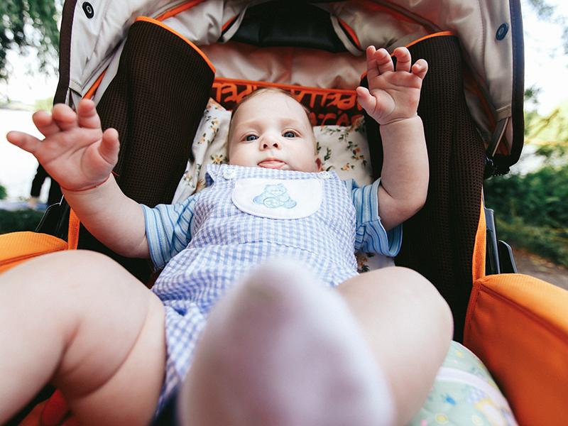 Babakocsiban sétáltatod a kisbabád a városban? Inkább ne tedd! - Az agyi fejlődését is károsíthatja a belélegzett kipufogógáz