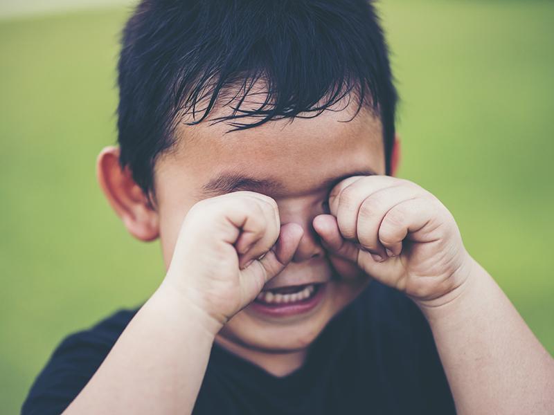 Dühkitörés, hisztiroham gyerekeknél: Mit tehet ilyenkor a szülő? - A dühkitörés lélektana a szakpszichológustól