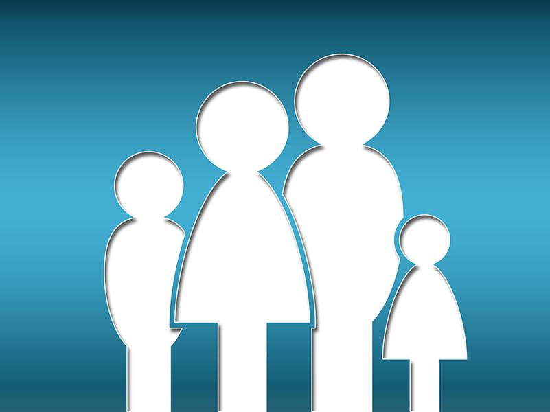 Mostantól a szülőket nem fogják anyának és apának nevezni