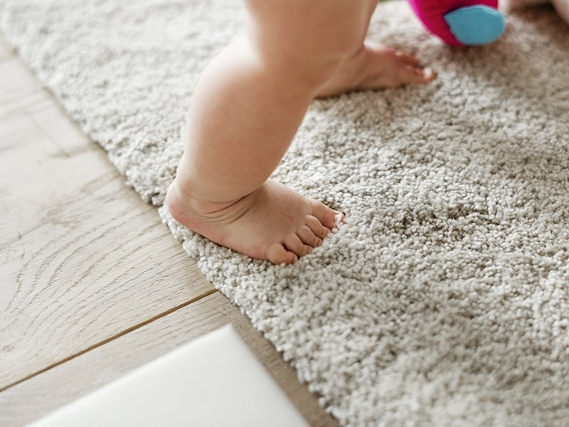 A gyerekek vérében és vizeletében is kimutathatók az otthoni méreganyagok! - Mi minden mérgezi a gyereket a háztartásban?