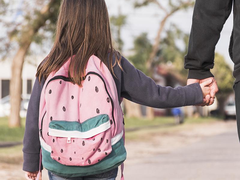 Iskolai beiratkozás 2019: idén áprilisban már online is intézheted gyermeked általános iskolai beiratkozását!