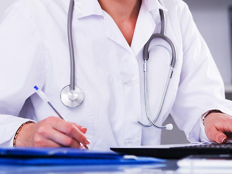 Gyermekorvosok kérik: 3 nap helyett legalább 15 napot igazolhasson a szülő az óvodában, iskolában