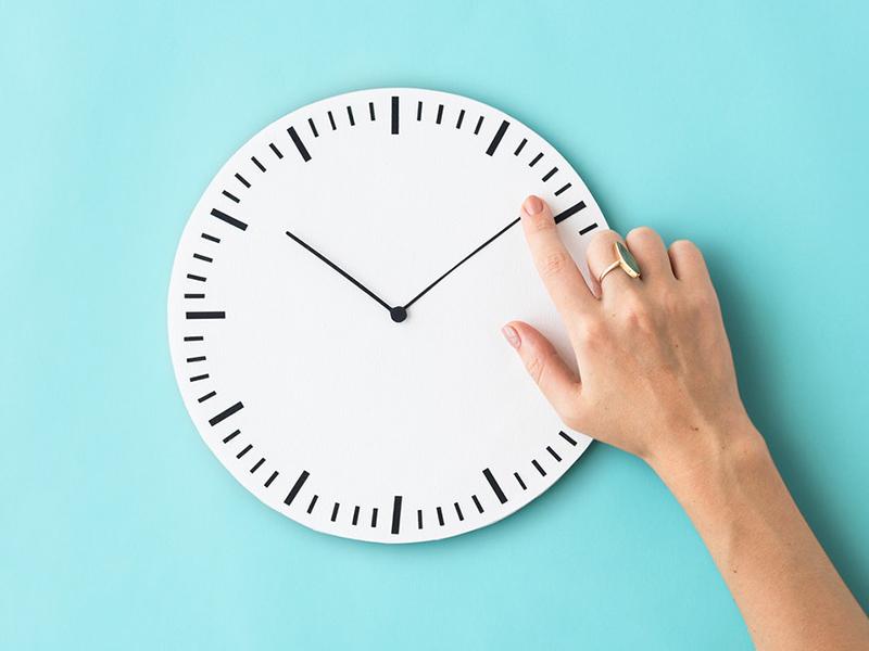 Óraátállítás eltörlése: Most szavazta meg az Európai Parlament! - Mikortól nem kell majd órát állítani?
