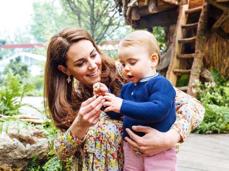 Hogy megnőttek Katalin és Vilmos gyermekei! Friss fotókon György herceg, Sarolta hercegnő és a kis Lajos herceg