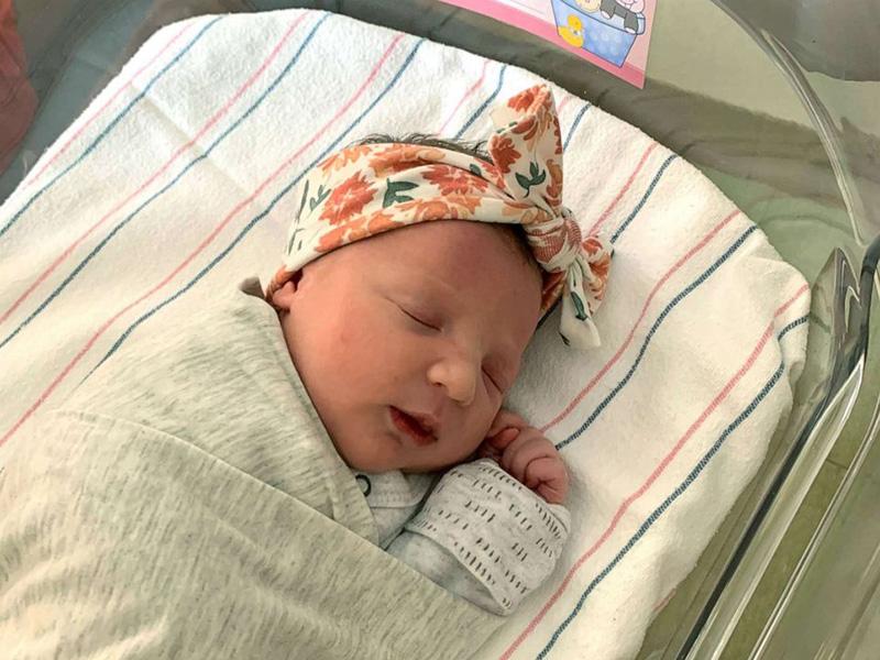 Igazi csoda: 27 éve lefagyasztott embrióból született egészs